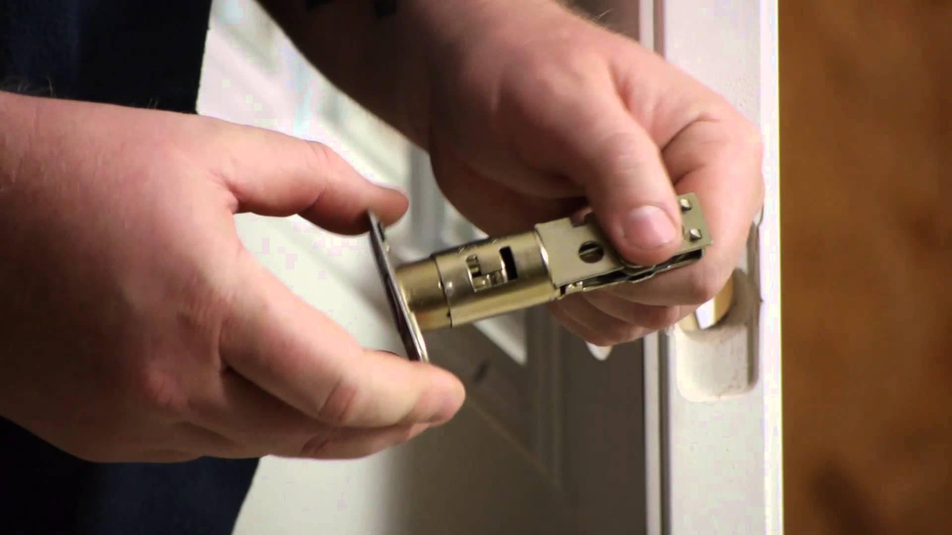 Deber a cambiar mis cerraduras tras comprar una casa - Cambiar una casa por otra ...