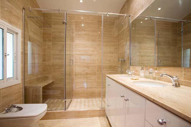 Cambia tu ba era por un plato de ducha tu casa ideas for Duchas modernas de obra