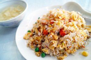 Acompaña el platillo con un arroz estilo oriental
